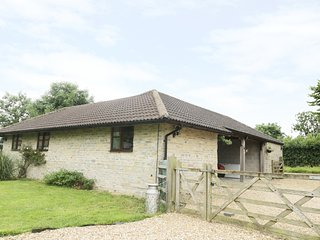 TROUT COTTAGE, quaint, homely, countryside views.