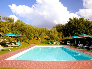 Villa Rental in Tuscany, Segromigno - Casa Ada