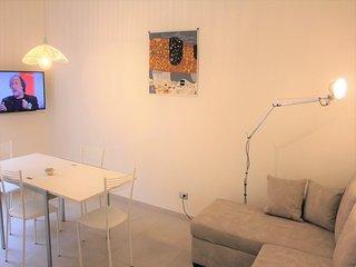 Testaccio Modern Apartment S&AR