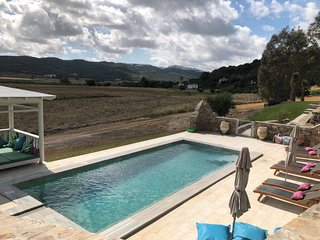 Restored family friendly finca with pool, views and close to everything