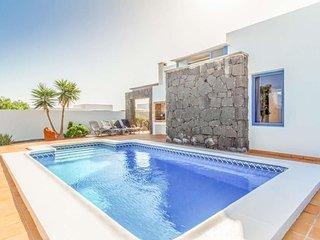 2 bedroom Villa in Playa Blanca, Canary Islands, Spain : ref 5400243