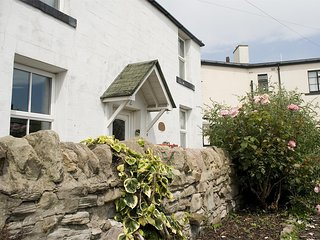 CN082 Cottage situated in Seahouses