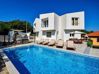 3 bedroom Villa in Gostinjac, Primorsko-Goranska Županija, Croatia : ref 5550730