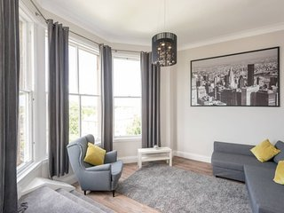Learmonth Terrace - One Bedroom Apartment