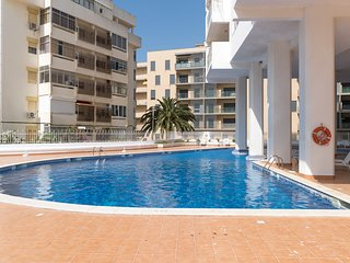 Carpe Yellow Duplex Apartment, Armacao de Pera, Algarve