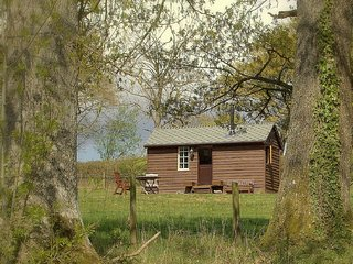 49148 Log Cabin situated in Hay-on-Wye (10mls SE)
