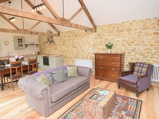 50884 Barn situated in Beaminster (3mls W)