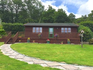 NUTHA Log Cabin situated in Looe (12mls NW)