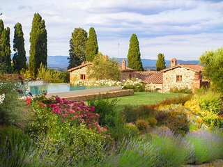 Tuscany Dream Compound - Entire Villa
