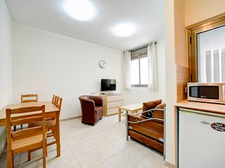 16. Nechamya 20 One bedroom  for 3