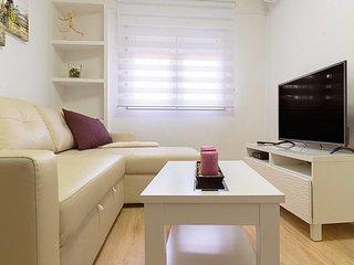 New flat 2 BR in Oporto ( 12 min to Gran Via)