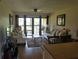 OV 925 Golf Course View Condo-Welcome to paradise
