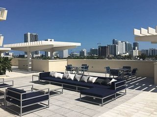 Spectacular at Midtown Miami