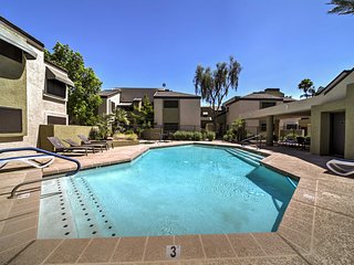 NEW! Townhome w/Pool-6 Miles to Downtown Phoenix!