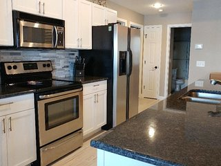 Newly Remodeled and Beautifully Decorated * Spacious Water Front 4 Bdrm & 4 Bath