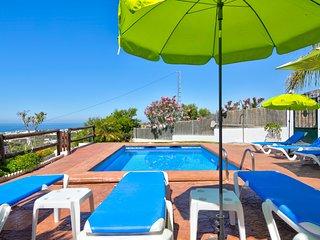 Villa en una colina c/ piscina e vista!Ref.229708