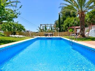 Encantadora villa c/ piscina, jardines! Ref.218466