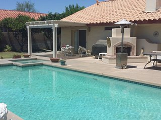 Desert Rental. Walk to Coachella Festivals!  3 bed 2 bath Pool/Spa