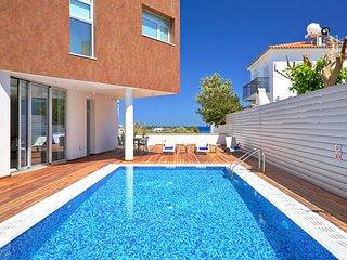 Sunrise Residences Villa 01