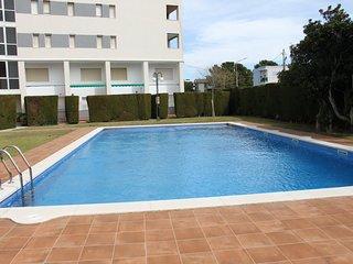 Apartamento con encanto a 150 metros de la playa y piscina comunitaria