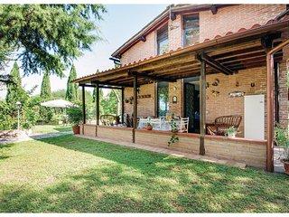 3 bedroom Villa in Poggio Salvi, Tuscany, Italy : ref 5547375