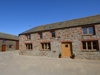 56720 Barn situated in Clovelly (3.5mls S)