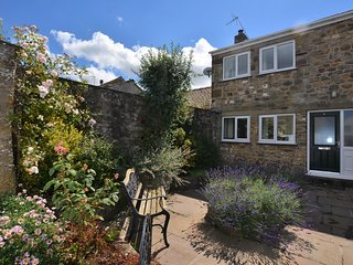 46430 Cottage situated in Masham