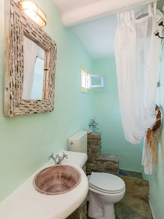 Private guesthouse - traditional cottage, Bathroom