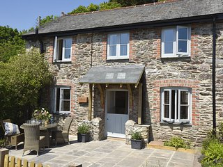 Stunning 2 bedroom waterside cottage in Newton Ferrers, South Hams, Devon