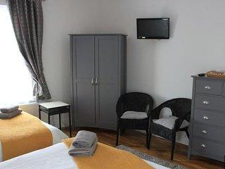 Mandalay Bed & Breakfast Ensuite Room 1