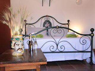 Studio-flat in a typical Sicilian Baglio with large area outdoor Animals welcome
