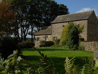 PK346 Cottage situated in Chapel-en-le-Frith (2.9mls E)