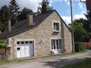 Beautiful quiet rural cottage in the heart of Brittany