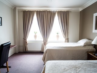 Twin Room in Heart of Akureyri
