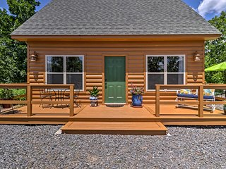 NEW! Country Cottage on 55 Acres by Little Rock!