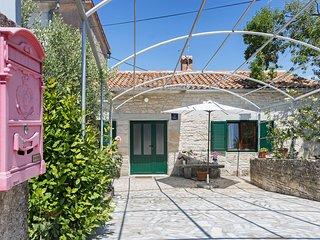 Casa per le vacanze in un tranquillo villaggio