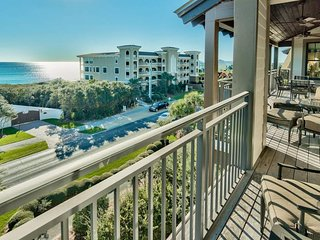 Gulf views, rooftop pool, steps from beach - Gulf Dreams at Waterhouse