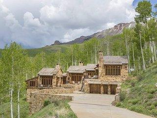 Private Luxury Mountain Home, Events Welcome - Villa Mendia