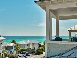 Gulf views, 3 decks, community pool - steps from Rosemary - C'est La View