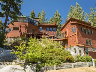 Beautiful, unique home in Stateline, close to lake and casinos  - Tahoe Winds