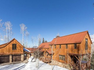 Ski Ranches home with private hot tub, breathtaking views - Canyon View Retreat
