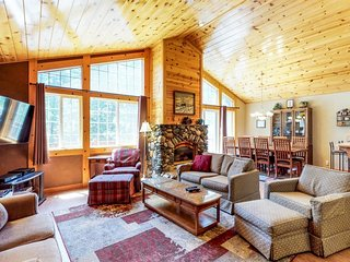 NEW LISTING! Family-friendly chalet-style home w/shared pool, hot tub, & tennis