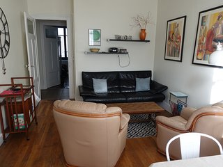Charming Apt. w/Private Patio!  20% Discount for week of Aug 18-25!