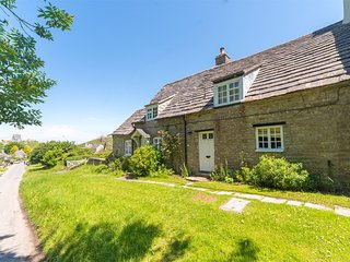 IC039 Cottage situated in Isle of Purbeck