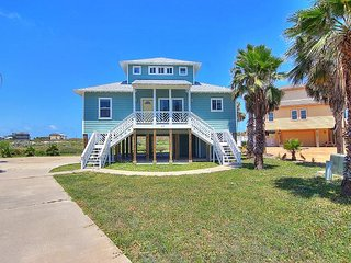 Fabulous beachfront home with ocean views!