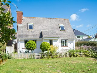 IC042 Cottage situated in Bembridge