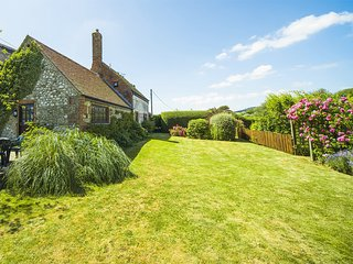 IC020 Cottage situated in Brighstone