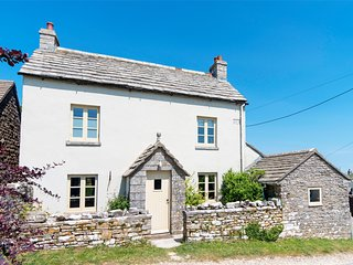 IC081 Cottage situated in Isle of Purbeck