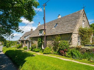 IC108 Cottage situated in Isle of Purbeck