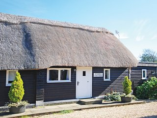 IC128 Cottage situated in Brighstone